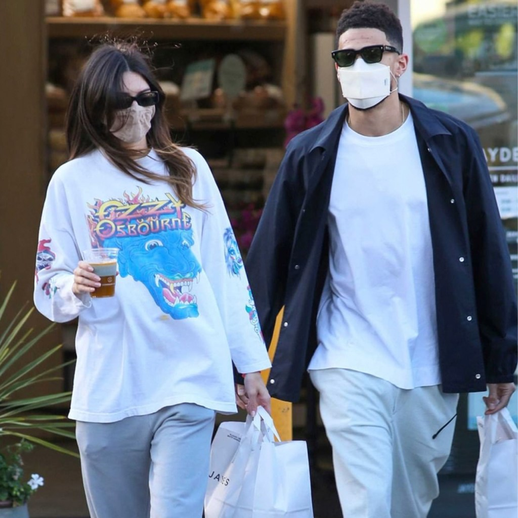 Devin Booker y Kendall Jenner celebran su primer aniversario