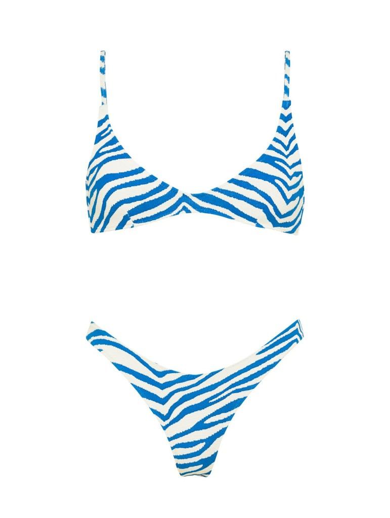 Bikinis de Hailey Bieber en Grecia