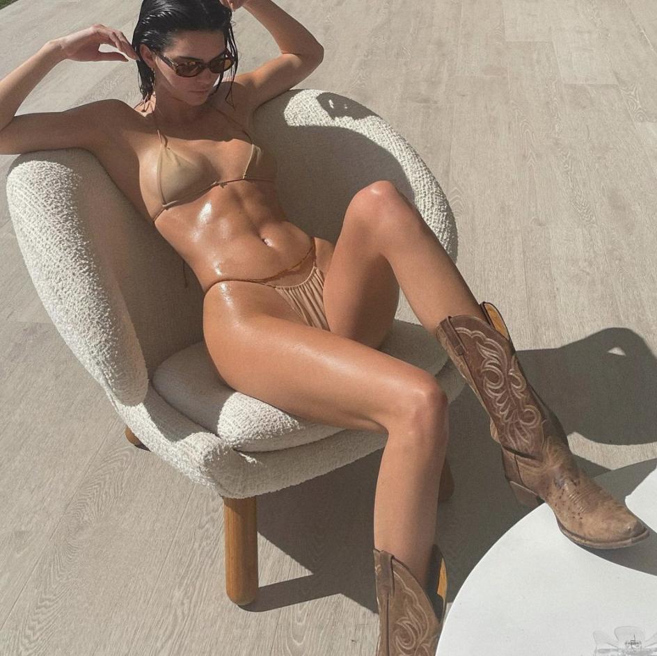 Are you ready, boots? Botas vaqueras + shorts, el combo está de regreso
