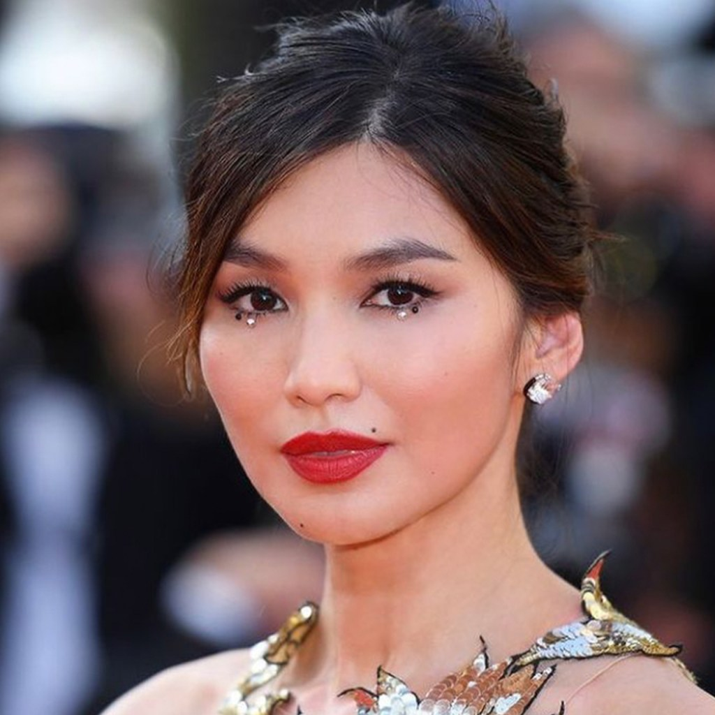 ¿Brillos en tu makeup para un gran evento? Gemma Chan lo confirma
