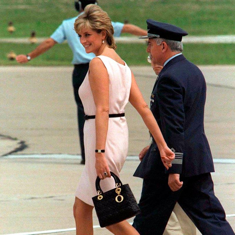 Tu bolsa favorita Lady Dior tiene un lazo importante con la Princesa Diana
