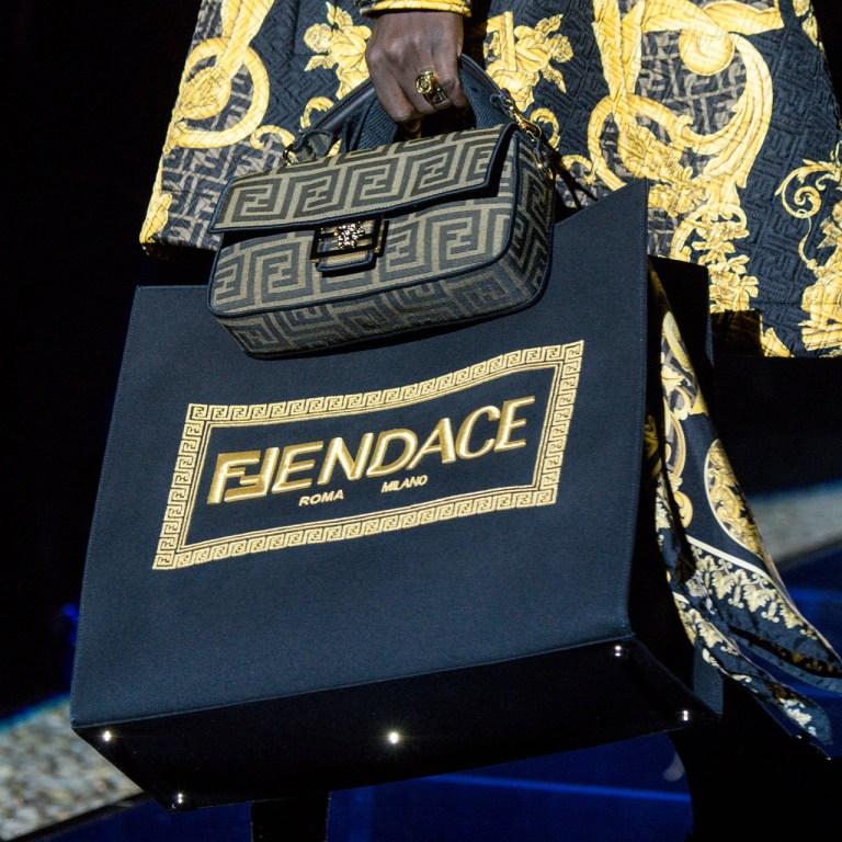 Fendace: La fusión entre Versace y Fendi ¿Whaaat?