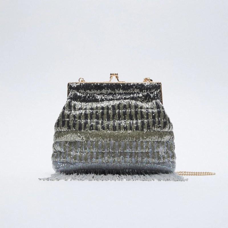 Bolsa flecos Zara
