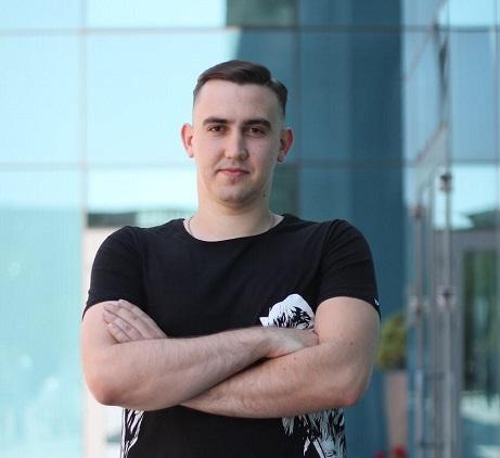 Igor Trambovetskiy data art AI insurance risks