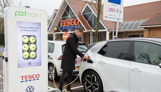 Tesco offer free electric car charging