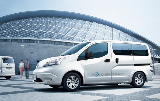 nissan electric van nv200