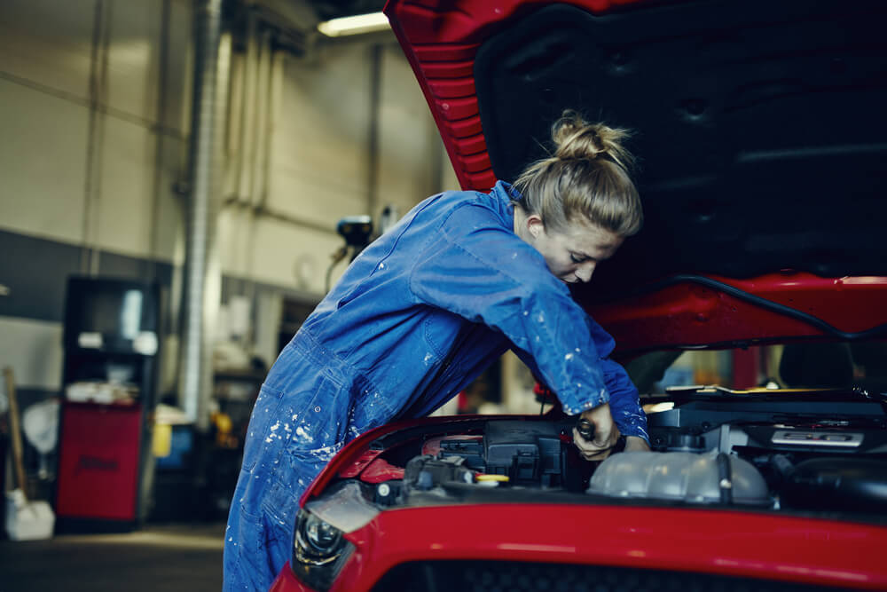 5 Ways To Avoid General Liability Claims At Your Auto