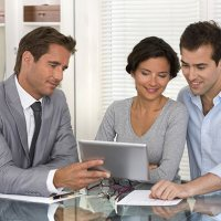 How To Became a licensed Car Insurance Agent