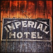 How many weary travelers spied this hand painted sign looking for accommodations?