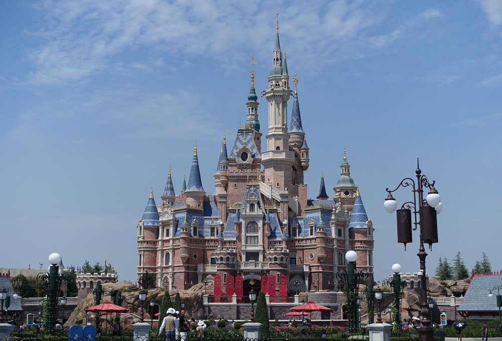 Bonjour Mickey! A look at international Disney locations.