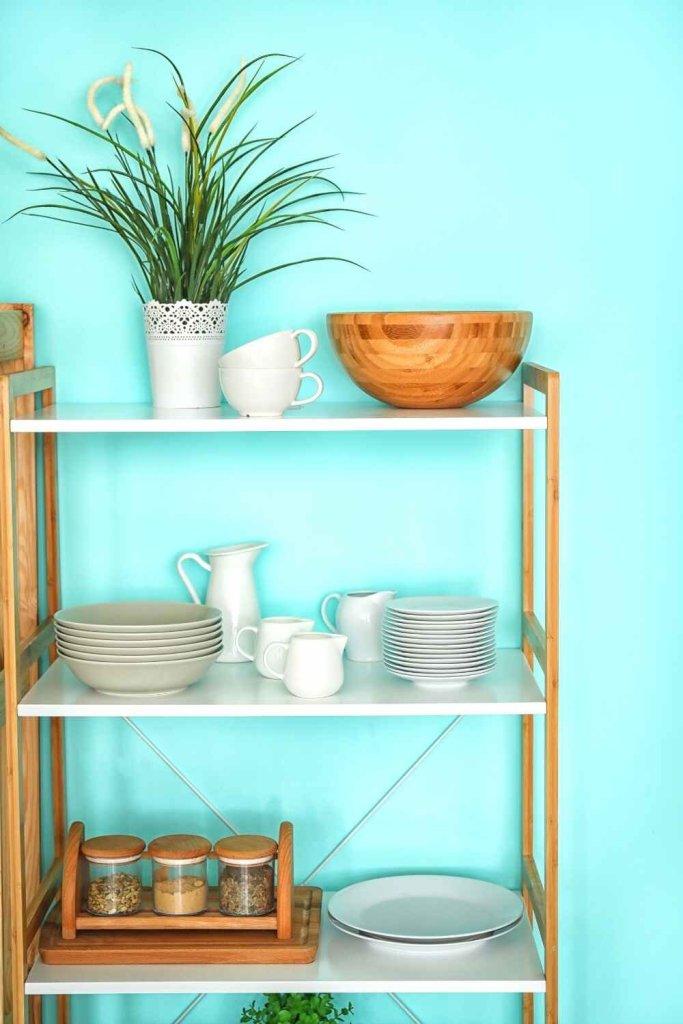 decoração de cozinha com prateleiras 15