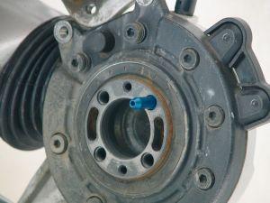 Herramienta de ayuda para montaje de rueda