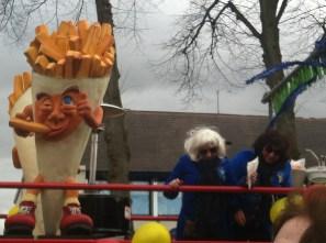 IMG_2387 Carnaval Wijchen friet