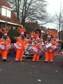IMG_2406 Carnaval Wijchen Holl-ant schaakt...
