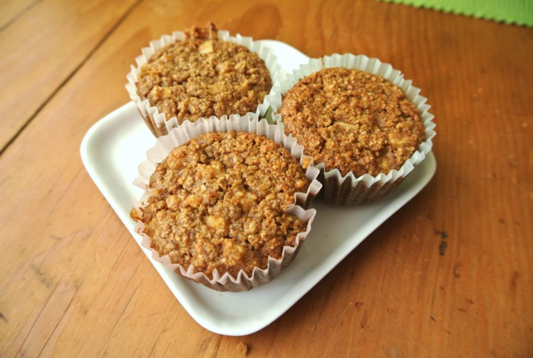apple-oatmeal-spice-muffins-3