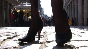 Heels on cobblestones. YIkes.