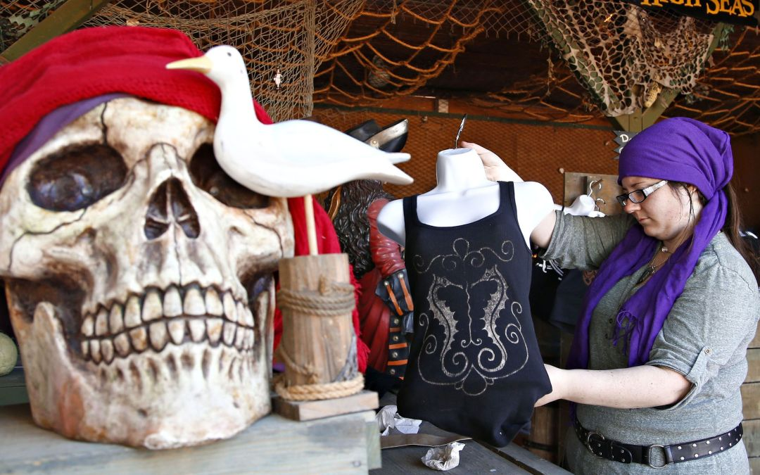 Arizona Renaissance Festival sets up medieval shop in metro Phoenix, 2/11-4/2