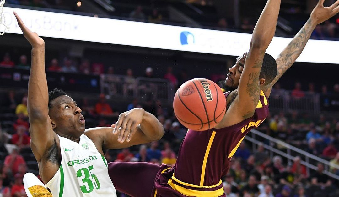 No. 5-ranked Oregon pulls away from ASU in Pac-12 Tournament quarterfinals