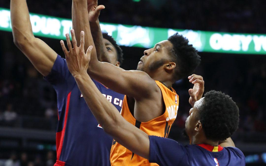 Short-handed Suns fall short against Pistons in Detroit