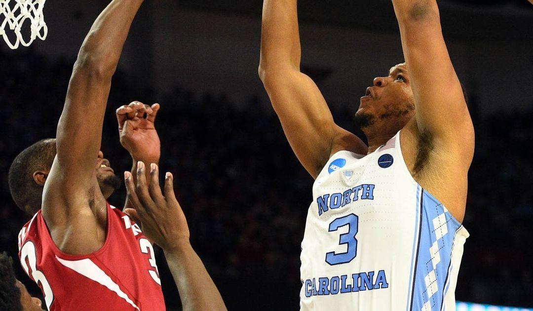 No. 1 North Carolina survives Arkansas' gigantic upset bid to reach Sweet 16