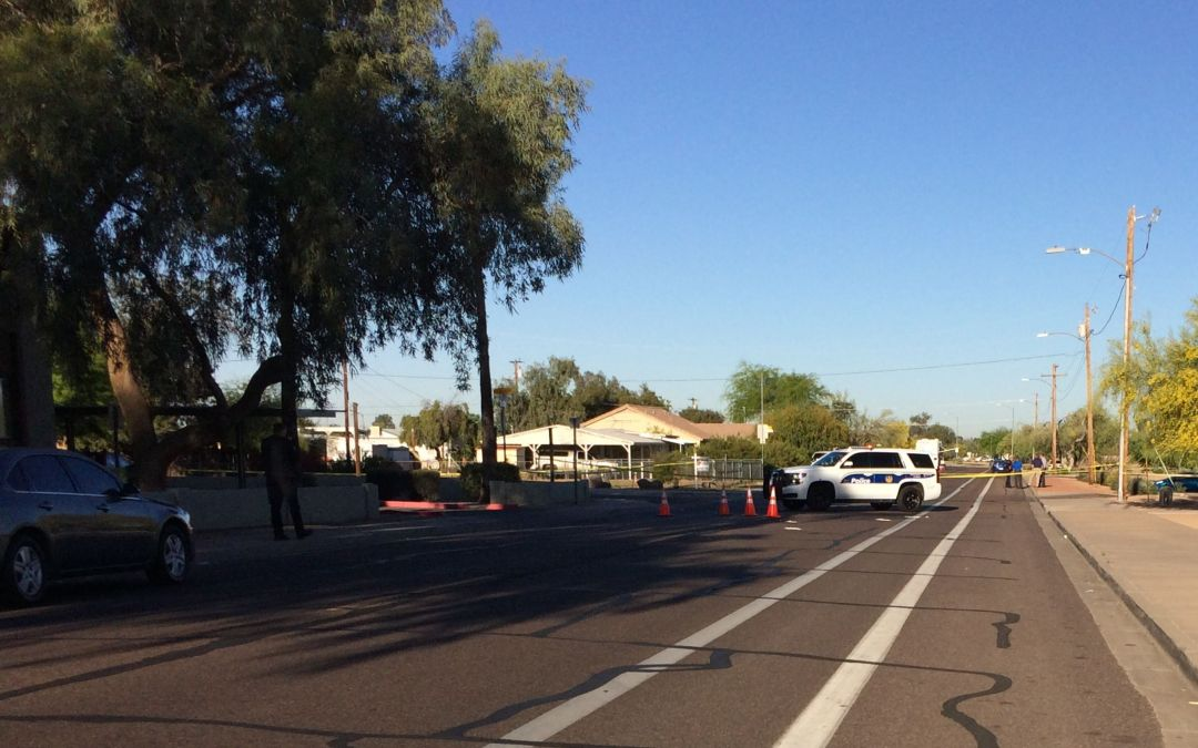 Body found in trunk of burning car after Phoenix police chase