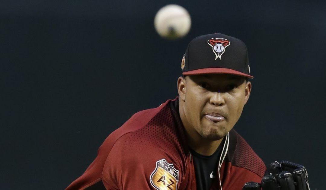 J.J. Hoover makes roster after Diamondbacks top Indians