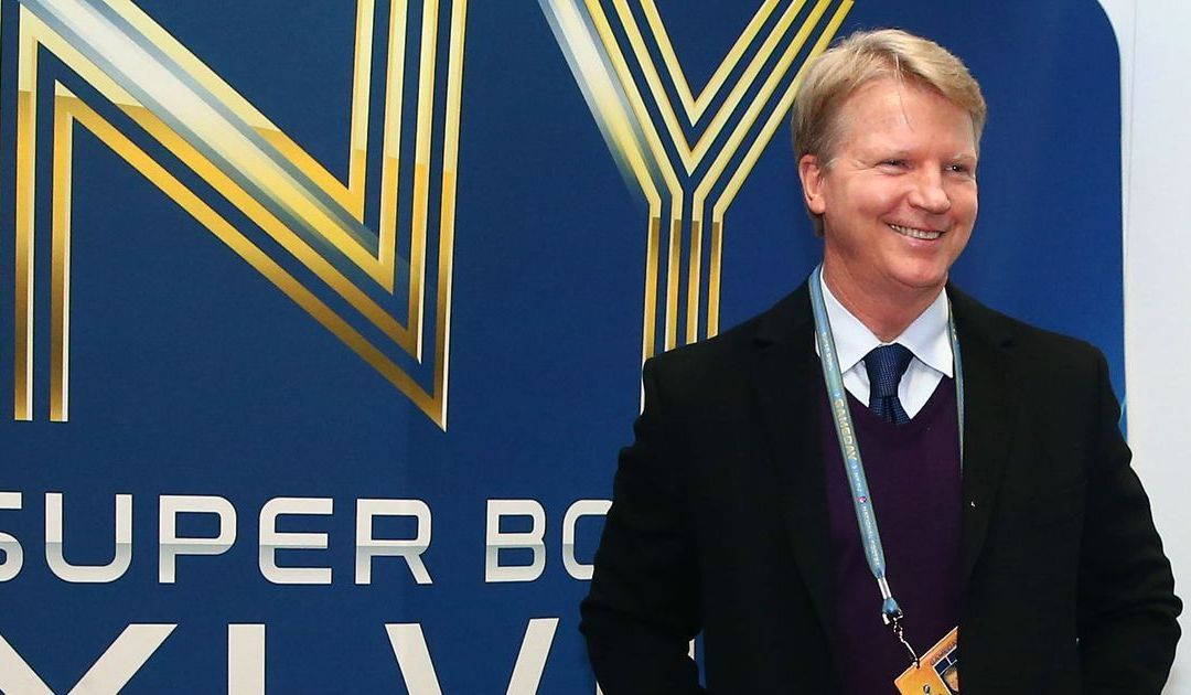 CBS leaves door open for Phil Simms' return after hiring Tony Romo to replace him