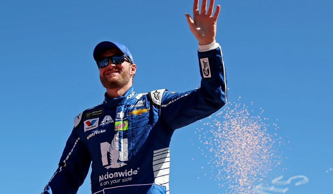 Dale Earnhardt Jr. to retire from NASCAR after 2017 season