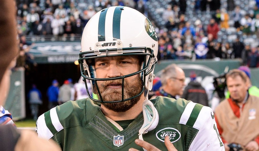 Ryan Fitzpatrick signs with Tampa Bay Buccaneers