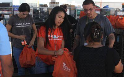 CGCC women's basketball team helps feed Phoenix needy