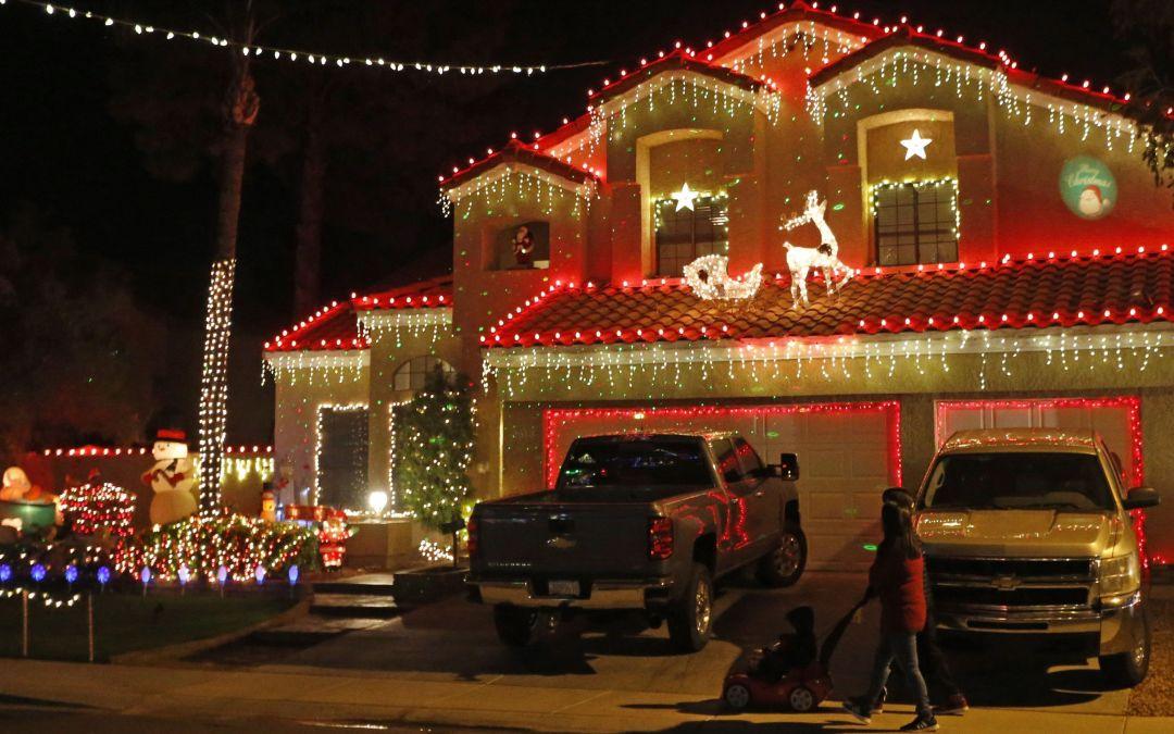 Christmas lights on Upland Drive in Chandler - Christmas Lights On Upland Drive In Chandler Integrity Garage