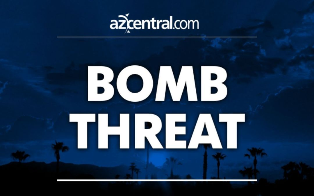 Possible explosive device found at Service King in Scottsdale