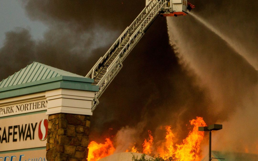 Fire at Safeway grocery store in Phoenix