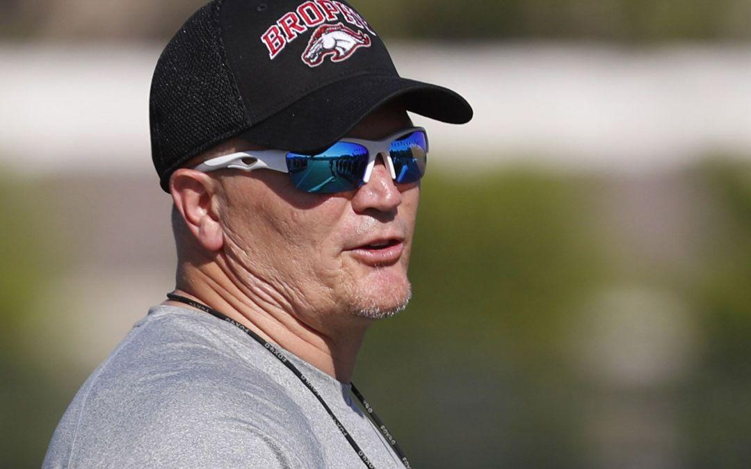 Brophy Prep coach Jon Kitna will join Mike Martz on AAF San Diego team