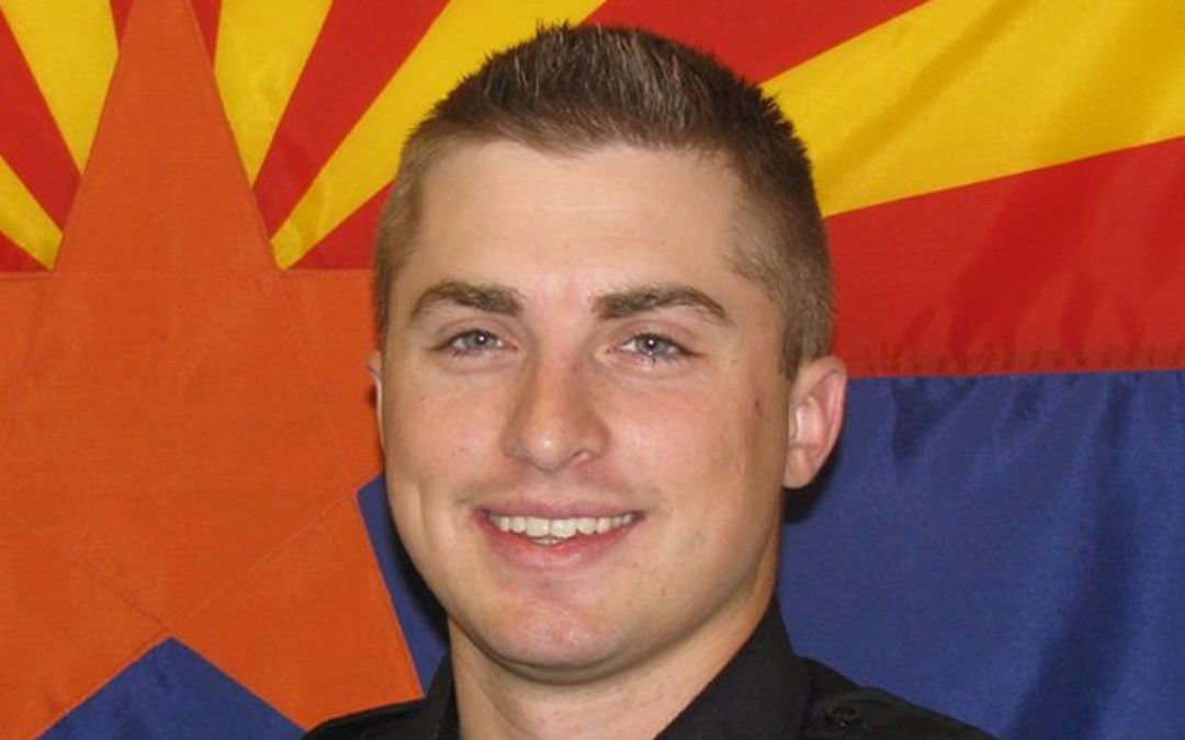 Flagstaff officer who fatally shot man dies of apparent suicide in Mesa