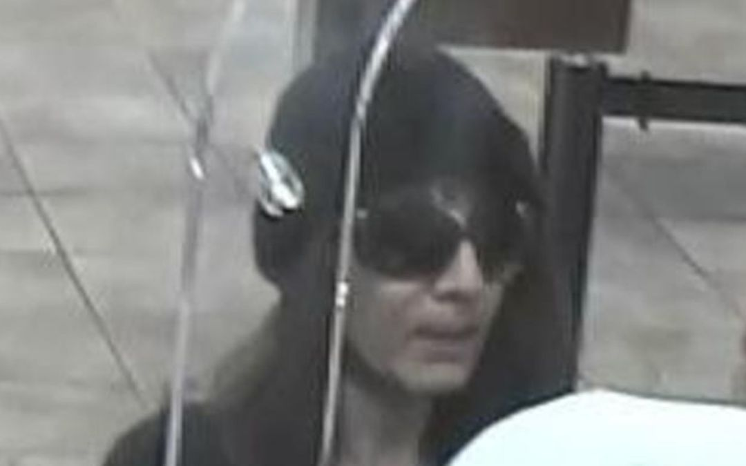 Ex-convict arrested in 'Biddy Bandit' bank robberies in Phoenix area
