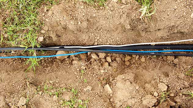 Trenching vs. Boring to Install Underground Utilities