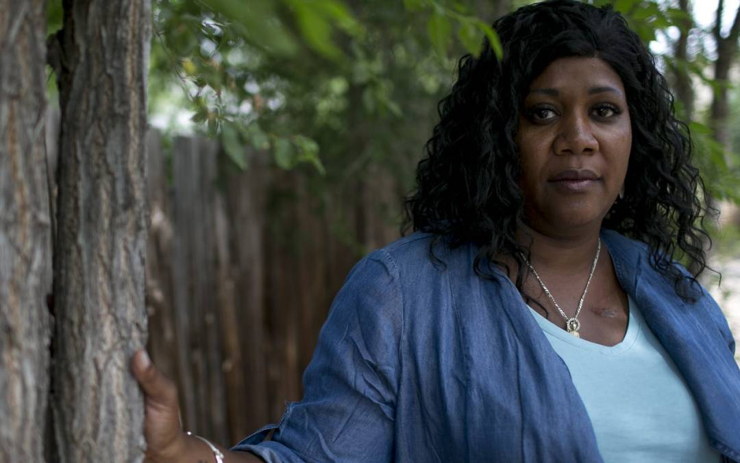 Flagstaff mayor closes beauty salonsduring coronavirus outbreak, seeming to defy governor's order