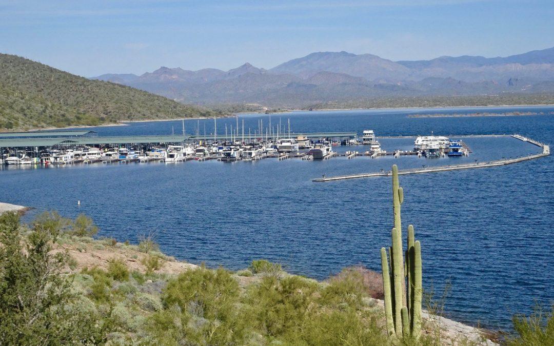 1 dead, 1 critically hurt in accident at Arizona's Lake Pleasant