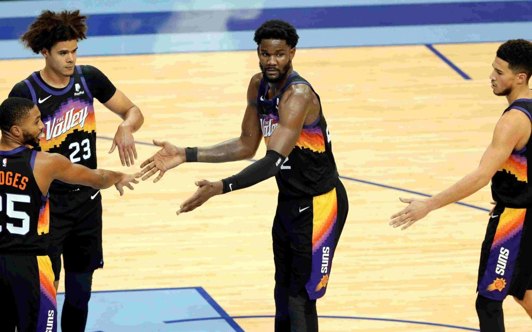Deandre Ayton keeps turning page with 26-point, 17-rebound, 5-block effort in Suns road win