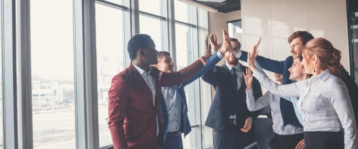 Comunicación empresarial, la base del éxito.