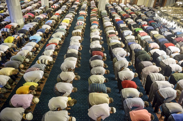Tarawih Prayer: Its Meaning, Rulings and Manners