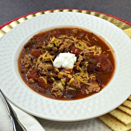 Crockpot Black Bean Chili recipe. How to make chili in the Crockpot. We prefer Black Beans but you can trade those for Red Beans and follow the recipe if you like. #onedishdinner #onepotmeal #chilirecipe #groundbeefrecipe #recipe