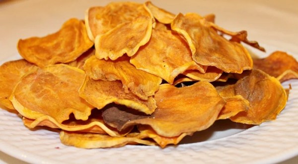 Baked Sweet Potato Chips recipe.intelligentdomestications.com