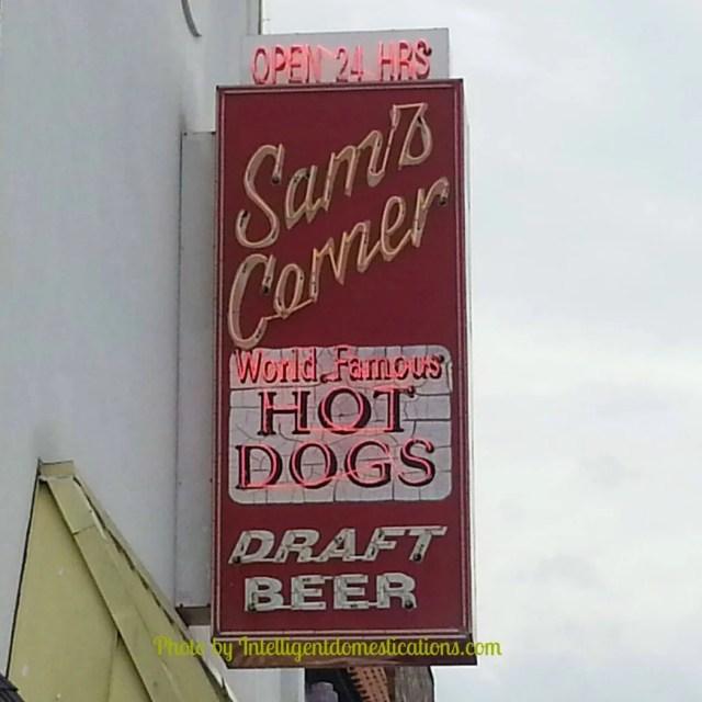 Sam's Corner Hot Dogs Myrtle Beach S.C. Where to find a good Hot Dog at Myrtle Beach S. C. #myrtlebeach #hotdogtour