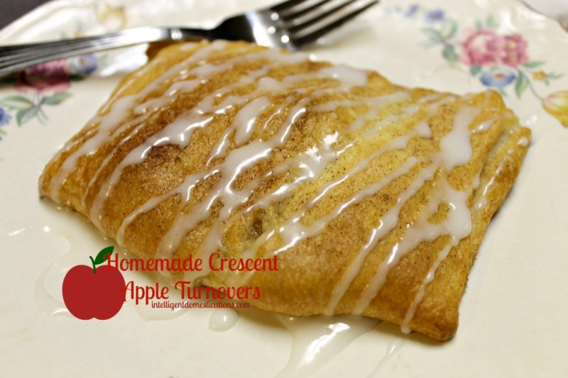 Homemade Crescent Apple Turnovers. intelligentdomestications.com