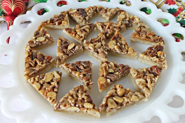 Triple Nut Diamond Bars are made with only 7 ingredients of deliciousness. Bar cookie recipe with nuts. Brunch dessert idea. Christmas cookie recipe.