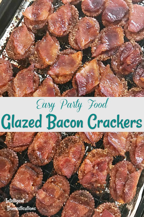 Glazed Bacon Crackers. Easy party food recipe! Only four ingredients with that bite of sweet and salty we all love. Plus there is bacon! #baconrecipe #partyfood