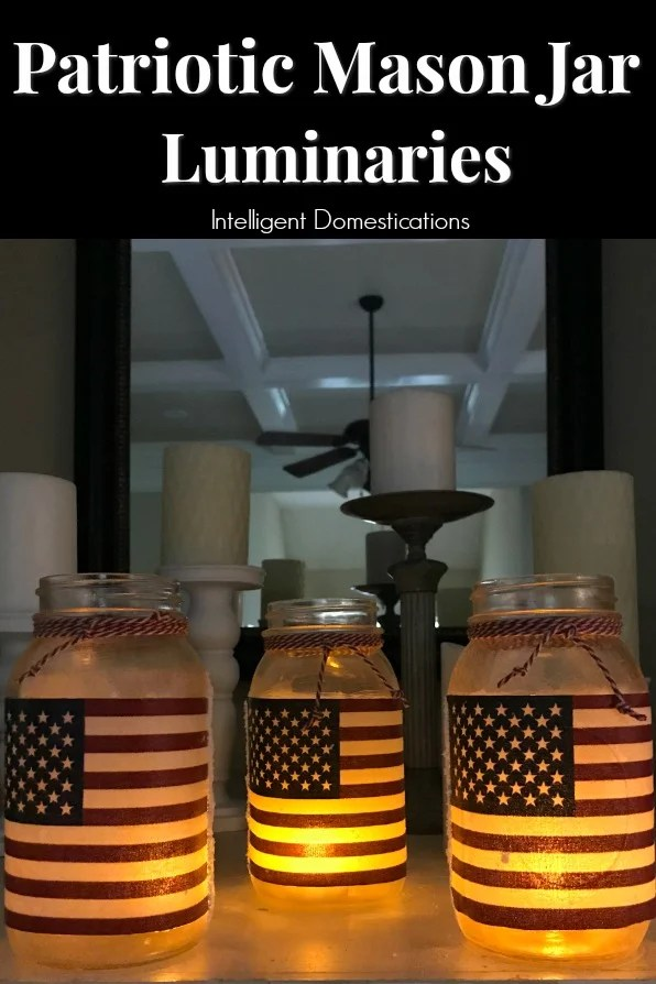 DIY Patrioric Mason Jar Luminaries. Patriotic Mason Jar craft project. How to make Patriotic Mason Jar Candle holders. #patrioticmasonjar #masonjarcraft #patrioticoutdoordecor #diypatrioticdecor