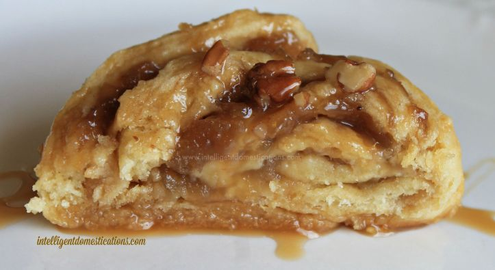 Crescent Apple Raisin Cinnamon Caramel Pecan Roll slice.www.intelligentdomestications.com